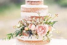 Wedding Cakes / Delicious looking and extravagant wedding cakes.