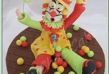 Mes tutoriels / Dans ce tableau, vous trouverez les tutoriels que j'ai réalisé en cake design, gâteaux 3D, cake pops, modelages, autres.