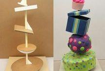 Ailleurs sur le net : Structures gâteaux / Vous trouverez ici des exemples de structures pour réalisés des gâteaux aux formes étonnantes.