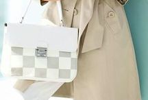 Business style / Leather briefcases, handbags, shoulder bags and messengers for business ladies.
