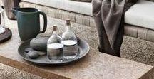 Hygge: Das dänische Wohnglück / Sinnliche Textilien, sanftes Kerzenlicht und schönes Geschirr: Das Hygge-Gefühl kann man sich ganz einfach ins Haus holen.
