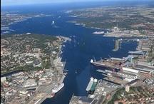 Kiel, Kiel Fjord and surrounding area... SHARE YOUR FAVS HERE... / Hier pinnen wir gemeinschaftlich rund um und über Kiel. Achtet auf die Urheberrechte. Also bitte KEINE GOOGLE-FUNDSTÜCKE pinnen, sondern mit Quell- und Lizenzangabe von den Originalseiten oder Selbst-Erstelltes (Bitte, schreibt es dazu, wenn ein Bild von euch ist). Danke fürs Folgen und für gute Zusammenarbeit! Ladet gerne weitere gute Kiel-Pinner ein... :)