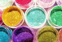 Glitter! / Who doesn't love some sparkle?! Add glitter to you Canvas Kudos to jazz it up!