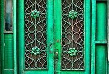 Doors / Ovia / Puerta