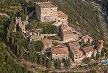 Aziende / Recensioni di Bellissime cantine italiane con i loro vini che rappresentano il territorio italiano in tutto il suo splendore enologico