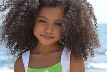 Curly Kids / We're not the only ones with curly hair, our kids have it too! Help your children learn to combat frizz and fray with Mixed Chicks kids haircare. Here are some of our favorite curly kiddos.