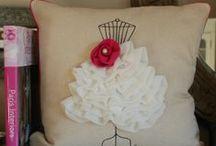 Felt/pillow/stitching/embroidery / gobelin, keresztszemes, hímzés, varrás, filc figurák, babák