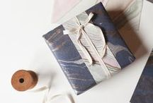 Gift wrapping / Gift wrapping and decoration