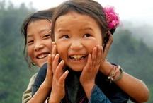 Enfants Internationaux / Sensibilisons nos élèves aux réalités mondiales. Les enfants à travers le globe sont une source d'inspiration.