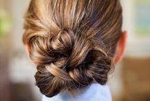 Tresses / My hair, your hair, her hair, HAIR.