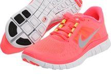 Kicks I want! / by Corina Flores ❤