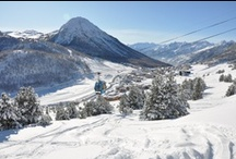 Ski resorts / Fan of skiing? Looking for a romantic escape? These are some splendid pictures of villages in Alps. These resorts contain ski trails and other supporting services such as hotels, restaurants, equipment rentals, and a ski lift system. Fan de ski? Vous cherchez une escapade romantique? Voici quelques magnifiques photos de stations villages dans les Alpes.