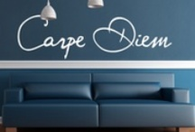 Stickers Citation / Quote / Un mot doux, une citation, une expression ... Décorez vos murs avec des message originaux. Une collection idéale pour personnaliser votre intérieur et laisser des messages à vos proches.