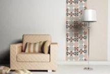 Lé unique adhésif / Décoratif et dans la tendance, les lés uniques donne une touche originale à vos mur et peuvent égailler vos portes avec élégance.