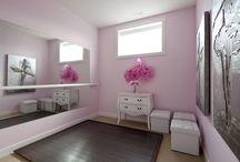 Room & decor.