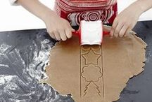 The creative Season 2014 / Cook up some holiday spirit by getting the kids involved with holiday treats. With easy to use cookie cutters, marzipan moulds and more (and a little help!), they'll be baking up holiday memories in no time.