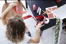 Gift wrapping (red and green colours) / Never mind if it's a little messy, with some wrapping paper, ribbons and a few art supplies, kids can wrap up their holiday gifts with plenty of love (and personality!). http://ow.ly/EUtyc