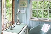 Garden Shed Interior / Inspiration for the interior of my garden shed.