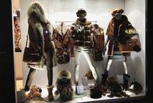 Magasins - Vitrines / Les boutiques de La Canadienne et Canadienne Griffes évoluent au fil des saisons et leurs vitrines se renouvellent sans cesse au grès des tendances.