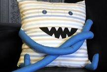 Poduchy / własnoręcznie wykonane przeze mnie poduchy, które wywołują uśmiech :)