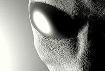 Aliens or Alienígenas / Alienígenas - Aliens - Extraterrestre - Extraterrestrial - EBE - Ovni - UFO - Disco Voador - Flying Soucer