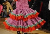 Vamonos pa la FERIA / trajes de flamenca, trajes de gitana, diseño de trajes de flamenca, feria, SIMOF, weloveflamenco