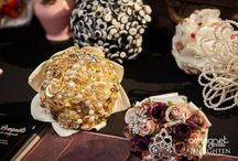 Brooch bouquet / Brooch bouquet buy Nan's Button Box Bouquets