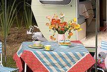 Pretty Picnic / A collection of pretty picnics for outdoors. #picnic #country #pretty