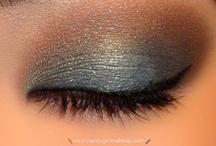Beauty & Makeup / by Cheryl Wight