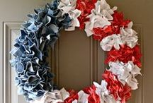 Red, White and Blue Crafts / DIY and craft projects for patriotic holidays with the red, white and blue.