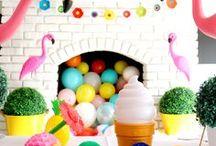 vamos fazer festa / Pratos, talheres e balões! Aqui você vai ver muita decoração de festa.