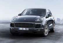 Nuevo Porsche Cayenne Platinum Edition / Llega el nuevo Porsche Cayenne Platinum Edition, elegante, sofisticado y exclusivo. Una edición limitada del Cayenne con equipamiento ampliado.