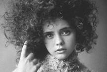 Celebrities / by Alice Fattore