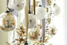 CHRISTMAS DECORATING IDEAS / INDOOR/OUTDOOR DECORATING - VARIOUS STYLES -
