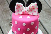 Cake inspo / Cake inspo and decorating.