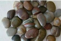Healing stones, gems and rocks / Healing / by Michele Samson