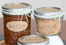 Delicious . Food . Gifts / Great ideas for edible food gifts and crafts. Especially with Christmas coming up!!