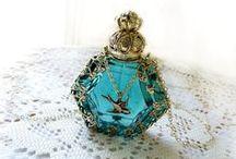 Bouteilles de parfum / Bouteilles de parfum / by ginette savaria