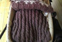 Prosjekt: Strikket vognpose / Pins related to me knitting a strollerbag