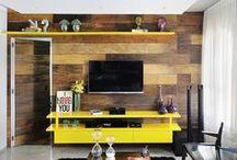 Sala de Estar com Cores / Inspirações para quem curte muita cor e estilo na sala de estar.