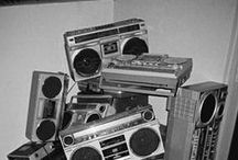 ★ CRAZY itch RADIO ★ / by Simone Josephine Gabrielle