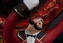 Paper Cirkus / photo gallery del Paper Cirkus di Carlotta Parisi che nel 2011 ha girato l'Italia con il tour di Arturo Brachetti (papier-maché)
