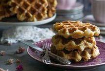Gofres/Waffles / Los gofres o waffles son recetas perfectas si no quieres comer siempre lo mismo. Hay gofres salados y gofres dulces. Crea tu gofre favorito y sorprende a tus invitados.