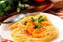 Recetas rápidas y deliciosas / Recetas para cualquier hora del día que pueden hacerse en menos de una hora