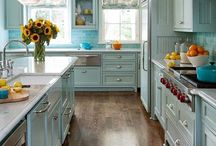 Farmhouse Chic - Kitchens / Great kitchen designs for the perfect farmhouse.