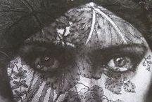 Dentelles - lace / by Olivia La Bobine