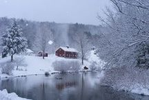 Christmas in New England / Boston is one of many fabulous New England destinations during Christmas