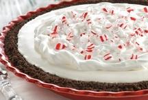 Pies/Tarts Recipes / by Darla Ortiz