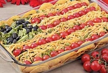 Salads Recipes / by Darla Ortiz