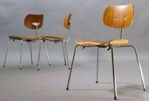 Egon Eiermann - ein großer Architekt / Egon Eiermann war ein deutscher Architekt, Möbeldesigner und Hochschullehrer. Er gilt als einer der bedeutendsten deutschen Architekten der Nachkriegsmoderne.  Wir sind Liebhaber seiner Möbelentwürfe!
